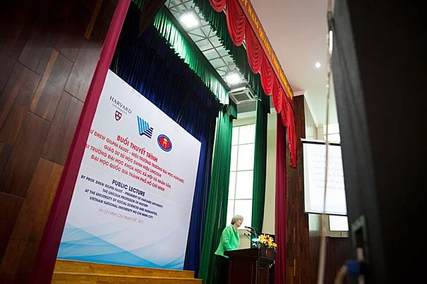 """""""I have wanted to make Vietnam into a place in my mind, not the name of a conflict that overtook my generation of young Americans, but a society and nation with all its complexity, its beauty, its history, its vibrancy, and its promise,"""" said President Drew Faust during her address at Ho Chi Minh City University of Social Sciences and Humanities."""