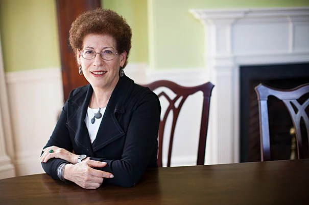 Radcliffe Institute Dean Lizabeth Cohen will step down in June 2018.