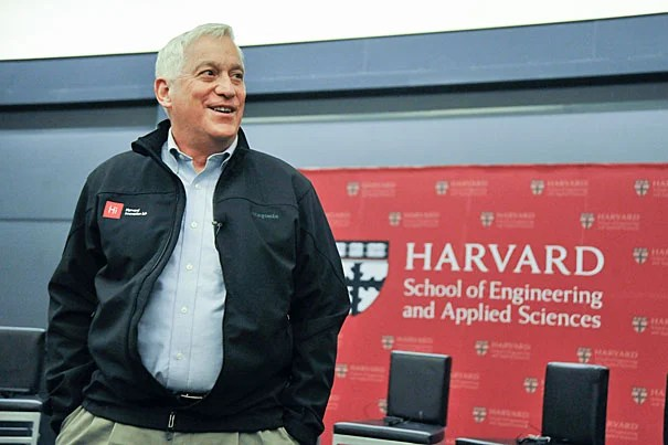 """""""Part of his imagination comes from just being so observant about things we forget to study after we outgrow our wonder years…"""" says author Walter Isaacson '74 of Leonardo da Vinci, the subject of his most recent biography. File photo by Jon Chase/Harvard Staff Photographer"""