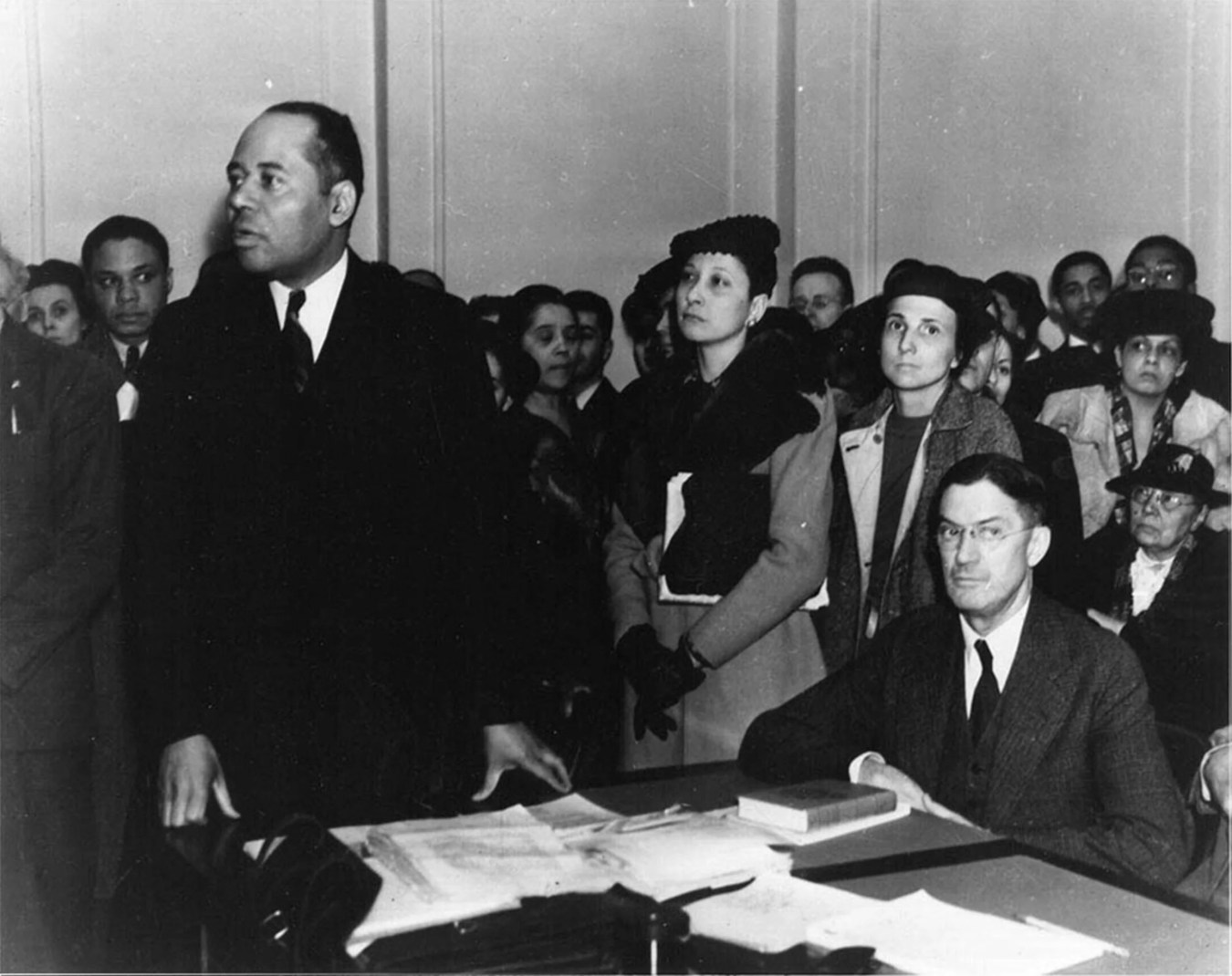 Houston (left) delivers oral arguments in court. Courtesy of the Charles Hamilton Houston Institute for Race and Justice at Harvard Law School