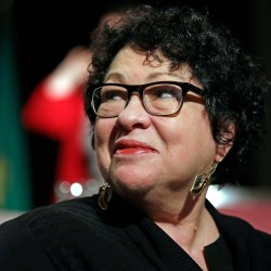 At Harvard Law, Sotomayor suggests judges cooperate more