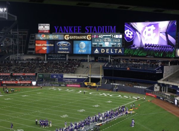 2016 Year in Review College of the Holy Cross