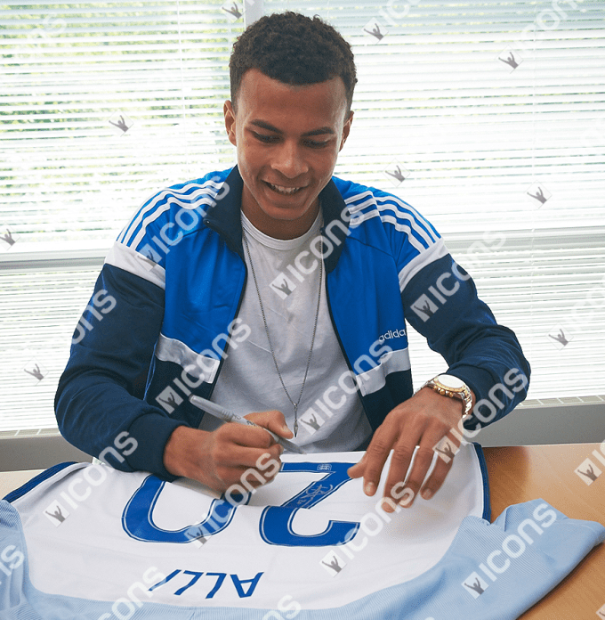 ICDAES3-Dele-Alli-Back-Signed-England-2015-16-Home-Shirt SMILING