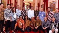 Jokowi bersama para buzzer