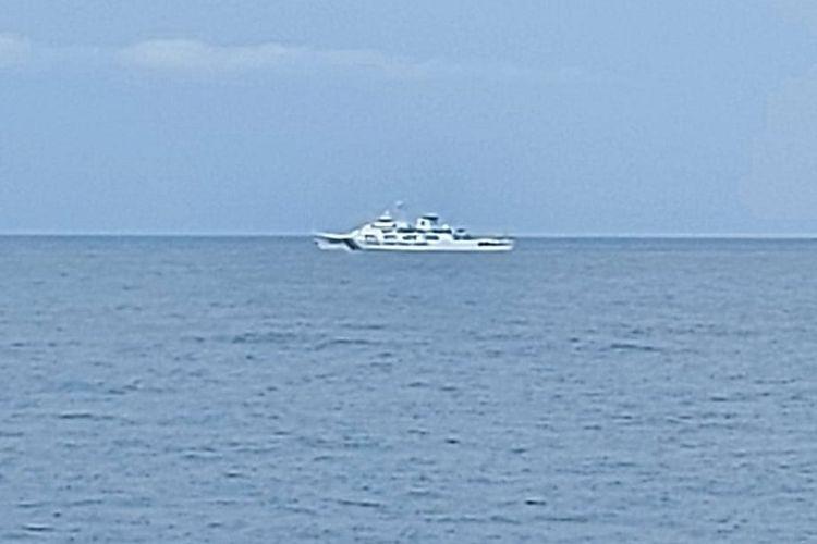 KN Nipah 321 mengusir kapal Coast Guard China