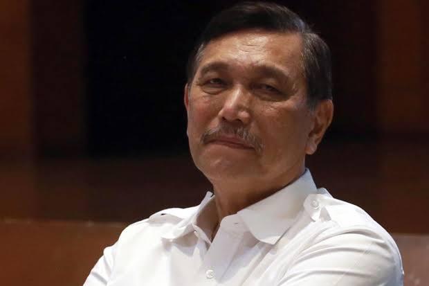 Satgas Penanganan COVID-19 membenarkan bahwa Menko Kemaritiman dan Investasi Luhut Binsar Pandjaitan diminta Presiden Jokowi mengawal penanganan COVID-19 di provinsi prioritas. FOTO/DOK.SINDOnews