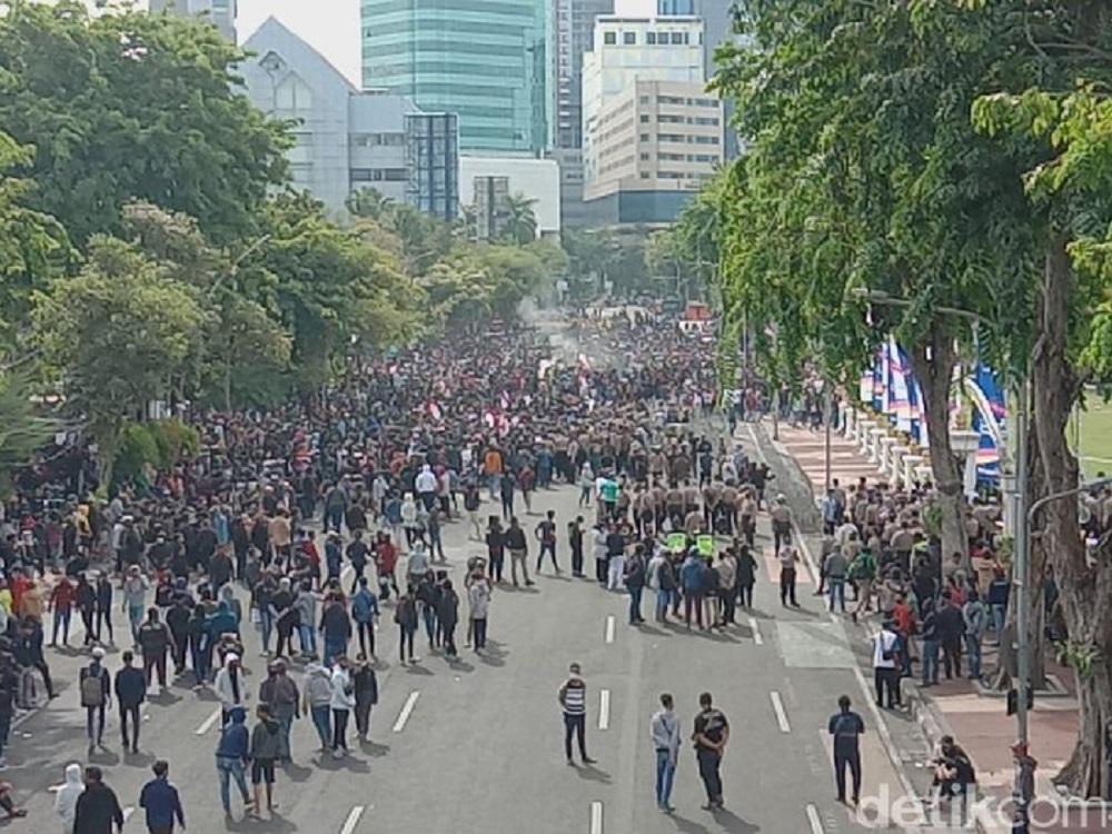 5.000 Mahasiswa Plus Buruh Juga Demo Besar Siang Ini Pukul 13.00 WIB