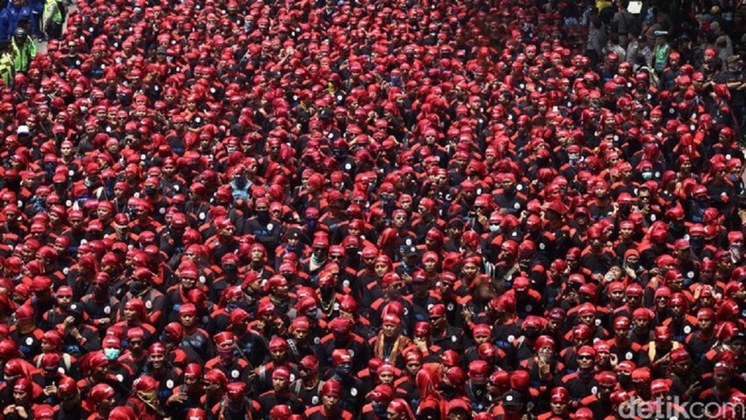 Jika Jokowi Teken UU Cipta Kerja, Buruh Ancam Demo Besar 1 November