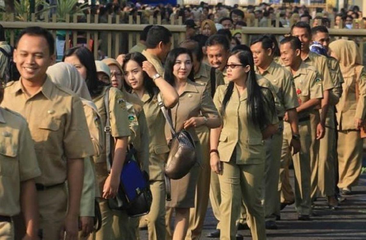 Jokowi Teken Perpres soal Tunjangan Fungsional PNS, Begini Besarannya