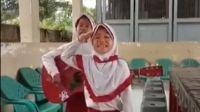 Viral Anak SD Nyanyi Sindir Presiden: Orang Kaya Dapat Bantuan, Kami Tidak