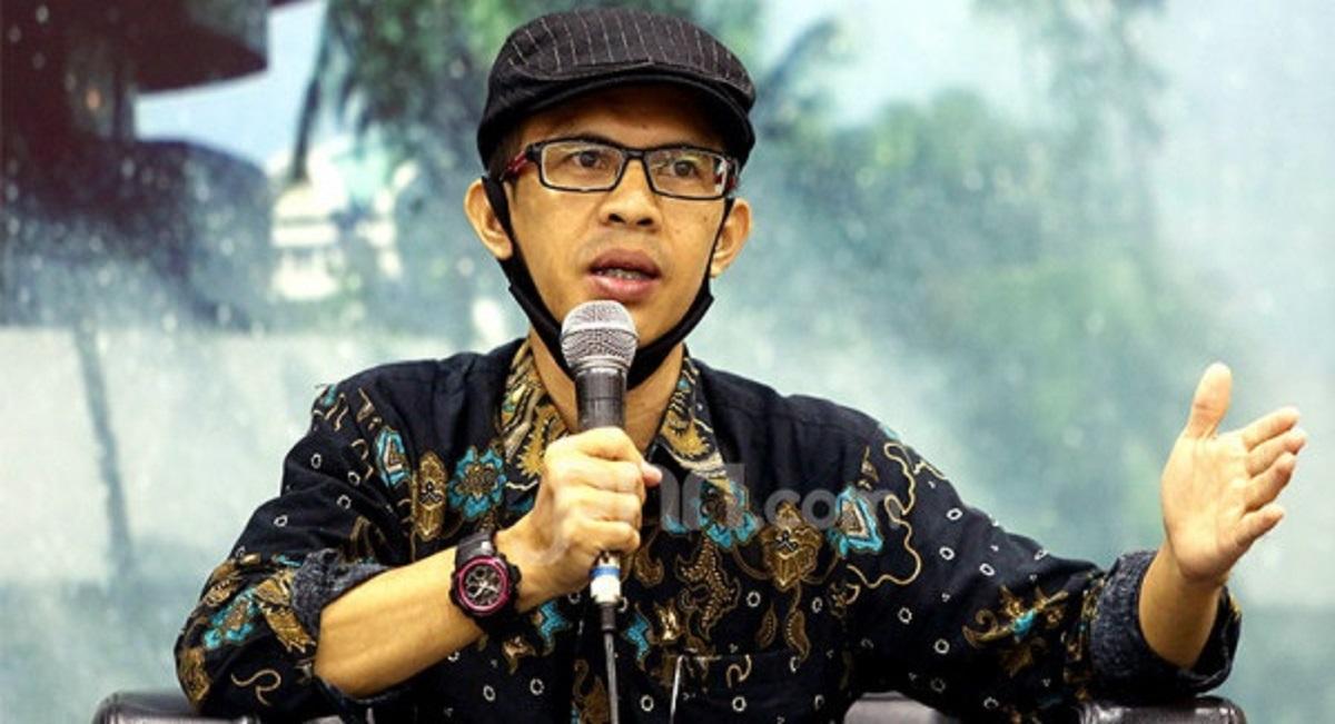 Bung Ujang Analisa Penolakan Polisi atas Laporan Kerumunan Jokowi, Tajam