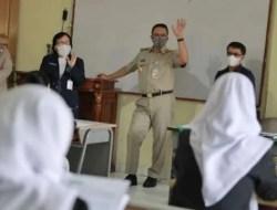 Anies: Selama 10 Hari PTM di Sekolah Jakarta Tak Ada Penularan