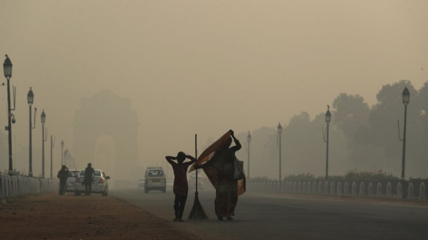 Toxic Smog Cloaks New Delhi The Morning After Diwali