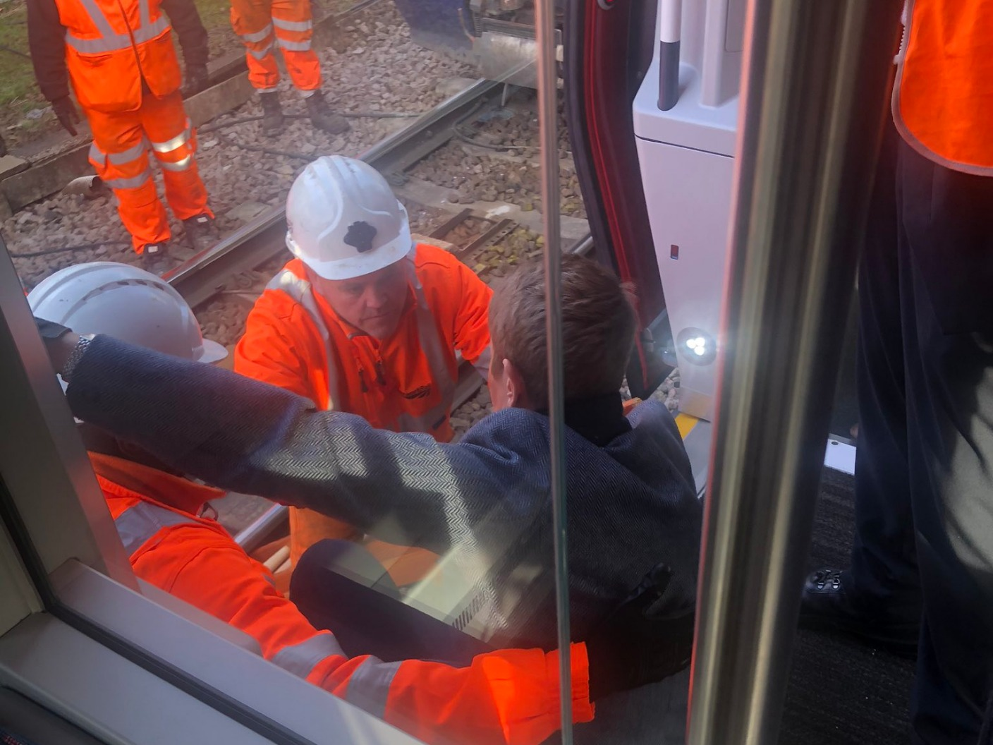 More than 400 passengers stranded for 5 hours on board a new Grande Anglia train Anglia