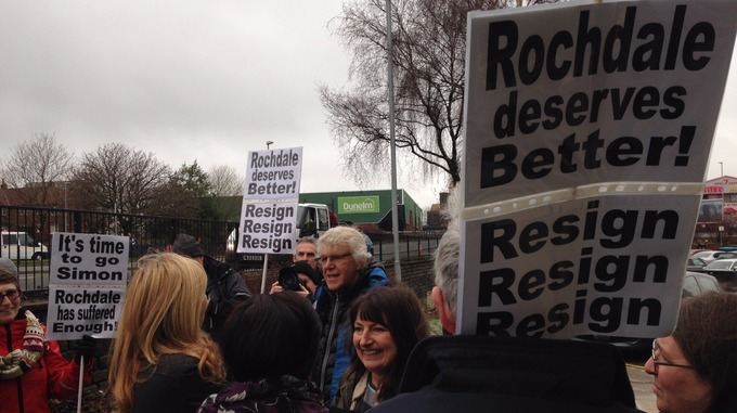 Danczuk, resign, Rochdale people say