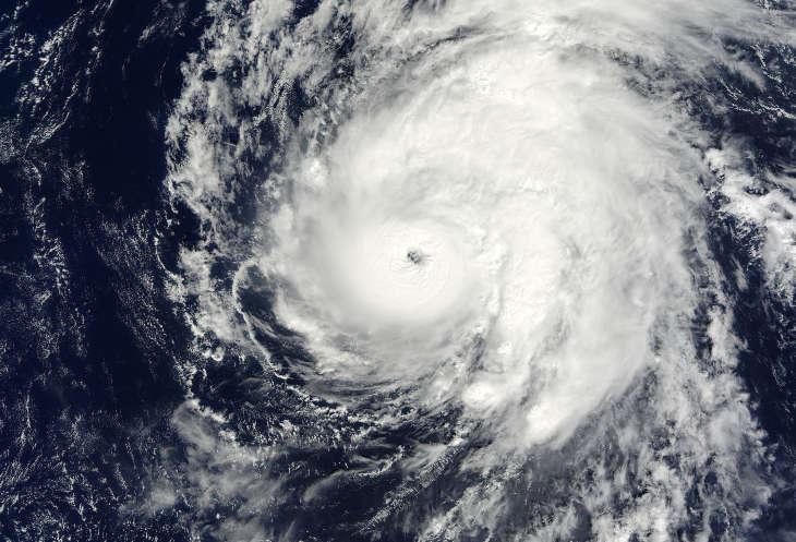 Тропическая депрессия может перерасти в тропический шторм