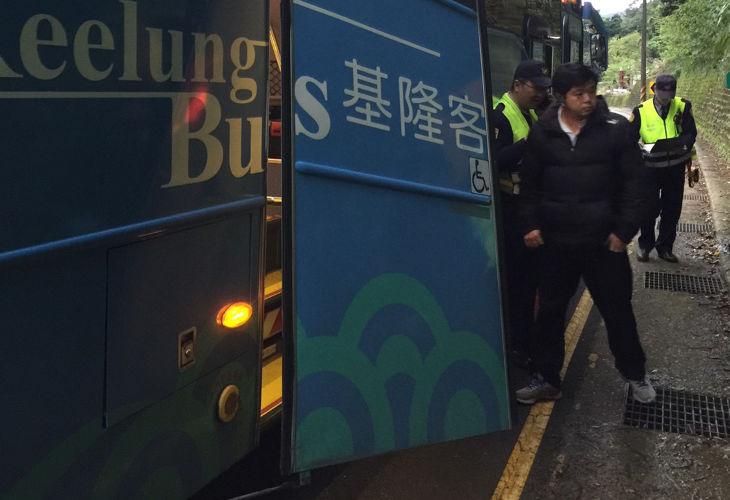 Падение из автобуса в Новом Тайбэе