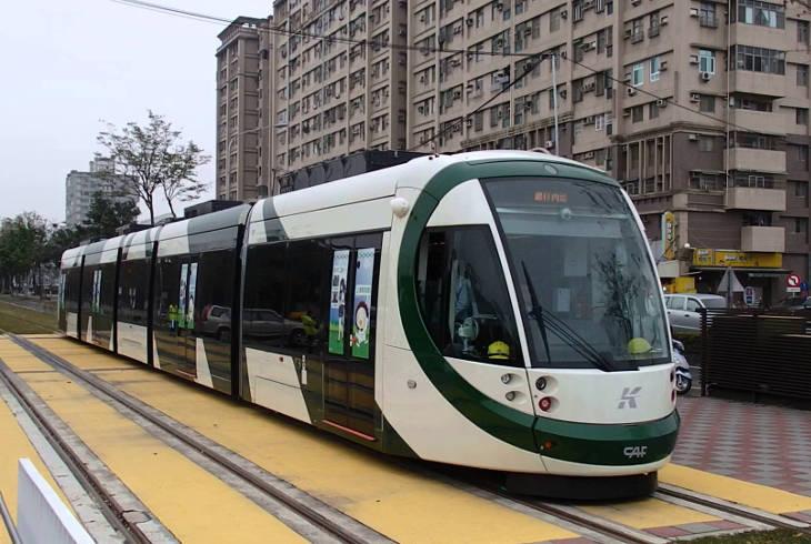 Легкорельсовый транспорт Гаосюна станет работать за деньги