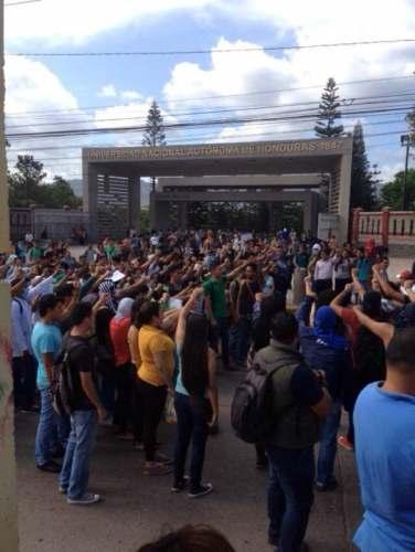 students outside of univ