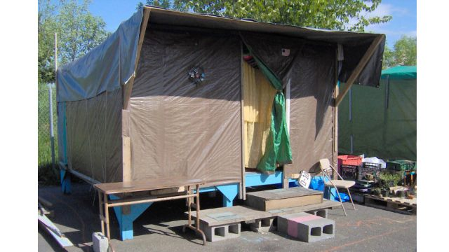 Shelter in Portland's Dignity Village