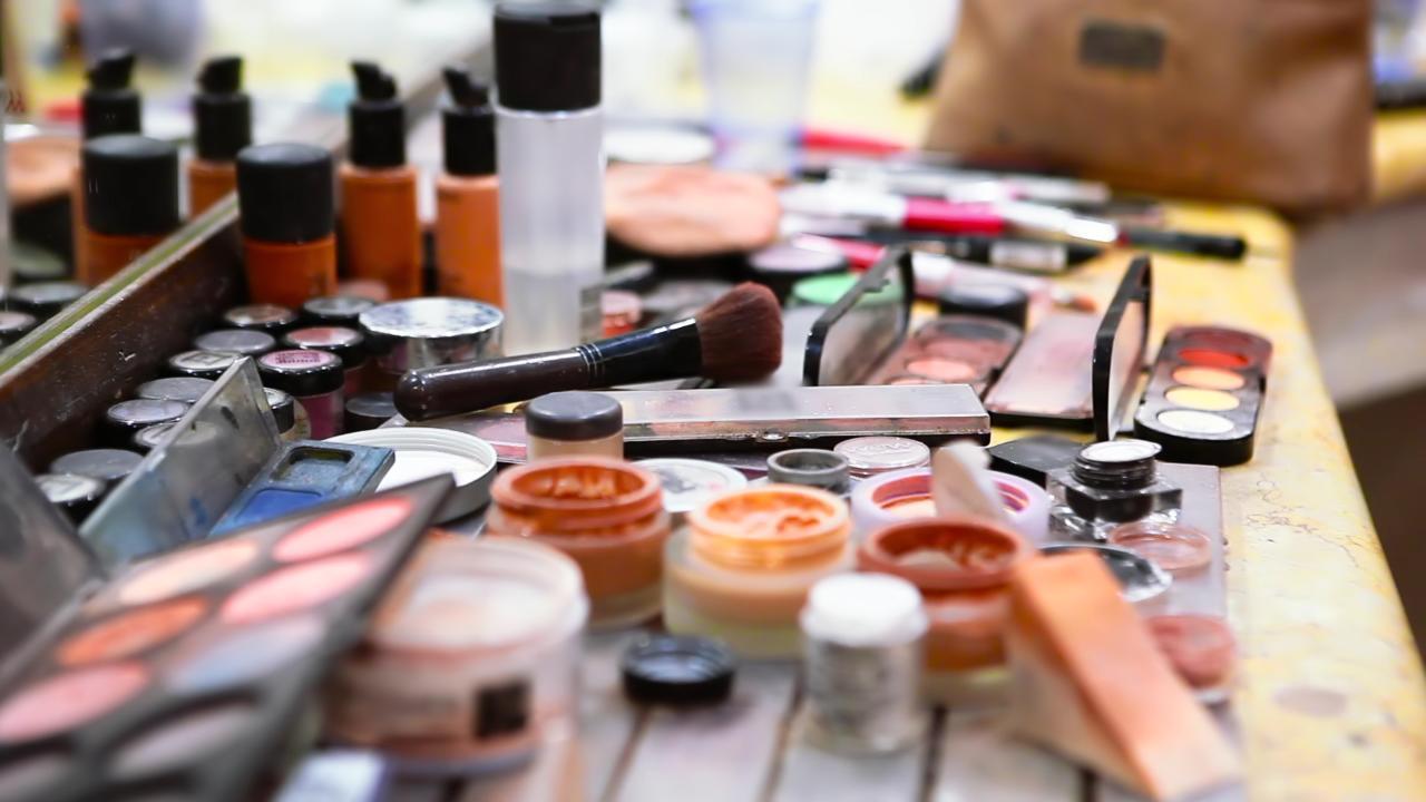 zat berbahaya pada produk kecantikan
