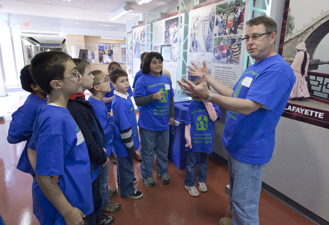 Brain Bowl Engineering Students Teach Sustainability to