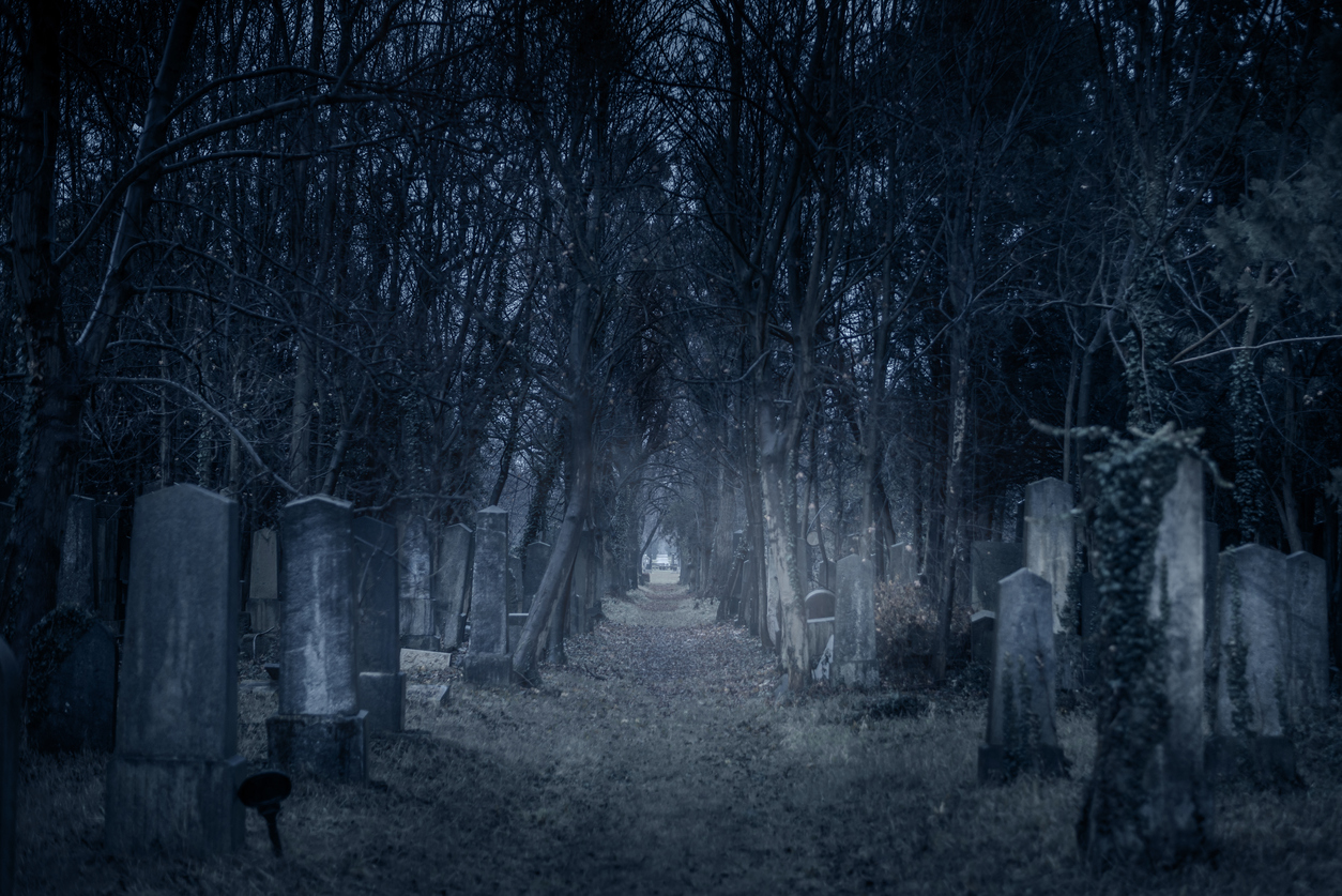 Fall Graveyard Cemetery Wallpaper Will Visiting A Graveyard At Night Get You Arrested