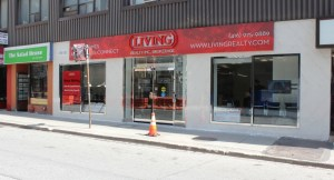 Living Realty celebrates opening a new Yonge-Bloor branch