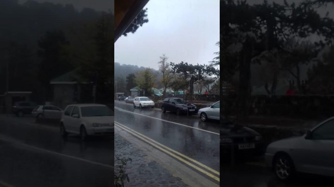 Έντονη κακοκαιρία σε πολλές περιοχές – Βροχές, χαλάζι και πλημμυρισμένοι δρόμοι