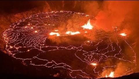 Χαβάη: Έκρηξη στο ηφαίστειο Κιλαουέα