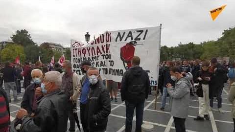 «Έξω οι φασίστες από τη γειτονιά» φώναζαν συγκεντρωμένοι στη Θεσσαλονίκη