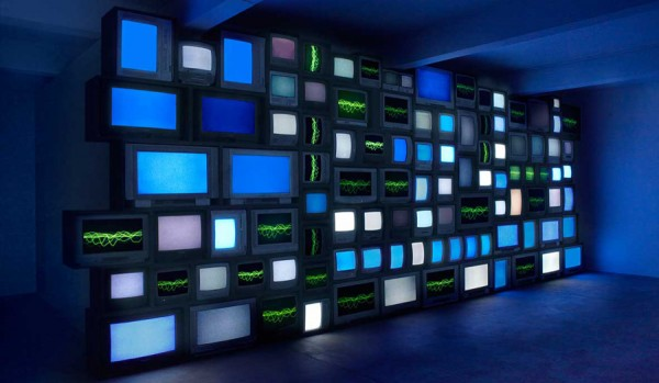 Susan Hiller, Channels, (2013) Susan Hiller Courtesy of the artist, Matt's Gallery, London and Timothy Talor Gallery, London. French version produced by la Synagogue de Delme.