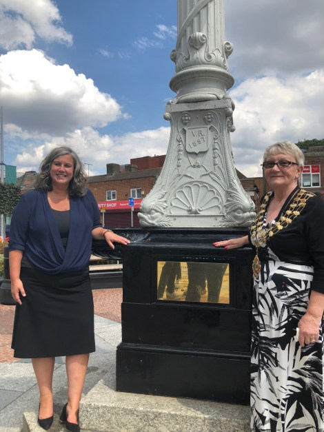 Mayor of Merton Cllr Mary Curtin & Deputy Mayor for Transport Heidi Alexander
