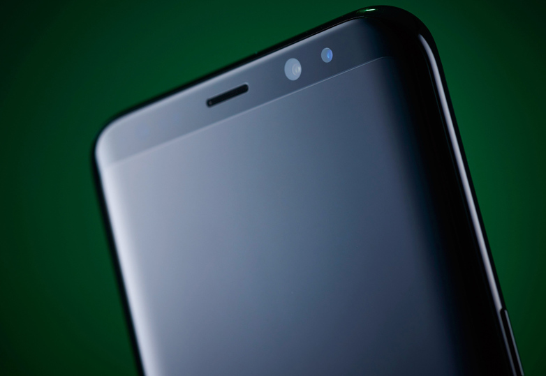 Report: Samsung Galaxy S10 to have in-screen fingerprint sensor, 3D facial recognition.