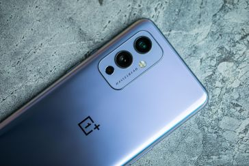 OnePlus promises to fix throttling issues on OnePlus 9 and Nord 2 with new update