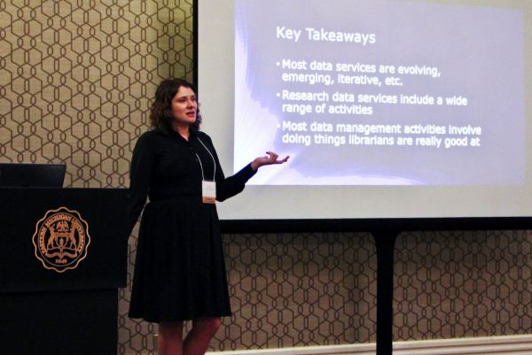 "Caitlin Baker presenting ""Data Management for Librarians: What Librarians Need to Know"""