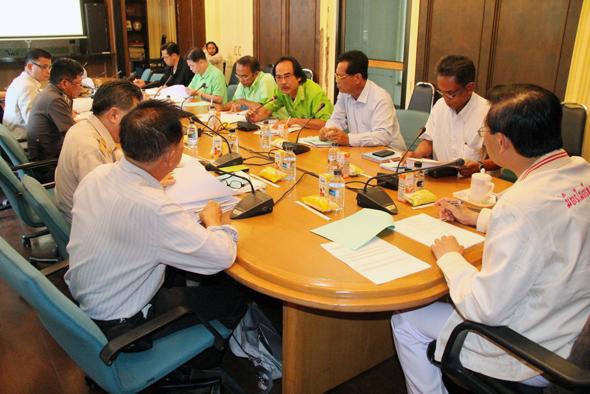 ภูเก็ตประชุมโครงการแก้ไขปัญหายางพารา ปี 2557