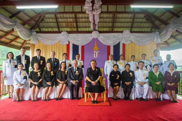 สมเด็จพระเทพรัตนราชสุดาฯ สยามบรมราชกุมารี เสด็จพระราชดำเนินไปทรงเป็นประธานในพิธี เปิดศูนย์เตรียมอาชีวะด้านการโรงแรมและการบริการและด้านการเกษตร ณ โรงเรียนเยาววิทย์ อำเภอกะปง จังหวัดพังงา เปิดตัวต้นแบบศูนย์เตรียมอาชีวะโรงเรียนแห่งแรกในภูมิภาคเอเชียตะวันออกเฉียงใต้