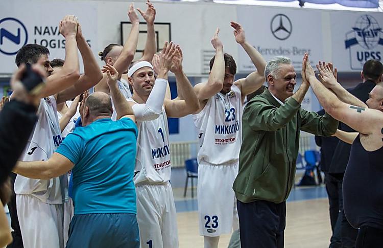 МБК «Николаев» выиграл серию плей-офф у «Будівельника» и теперь поборется за ...