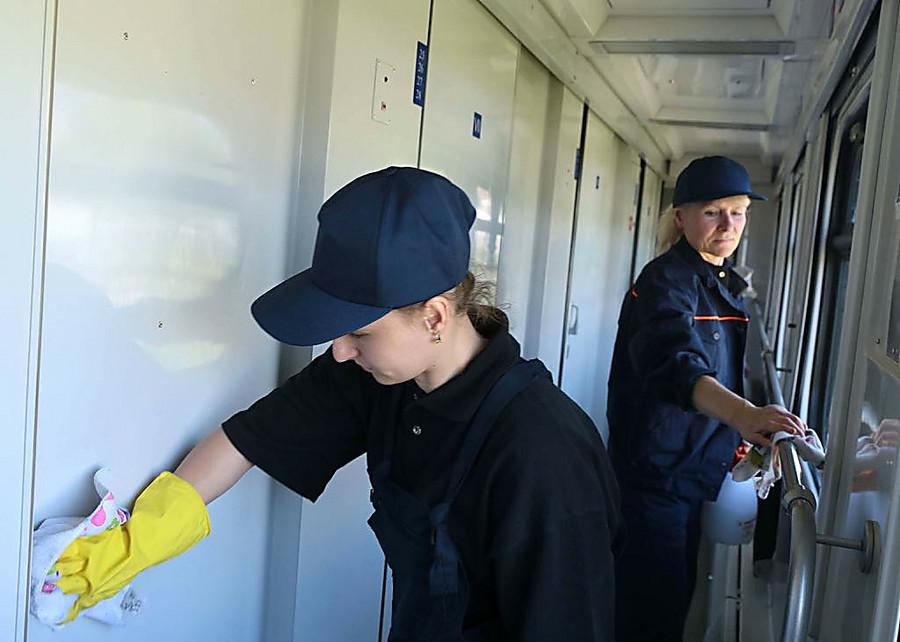 В «Укрзалізниці» рассказали. что в поезде «Николаев – Киев» убирают по новой ...