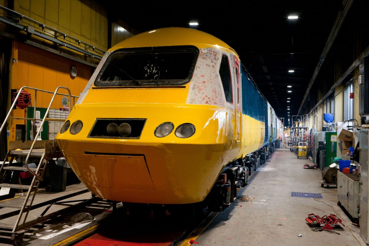 Retro HST Pictures from LNER