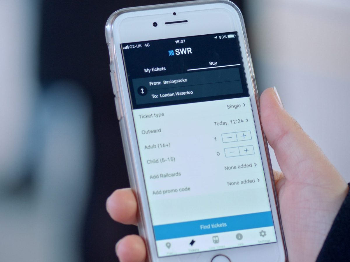 South Western Railway launches Apple Pay on its app and website