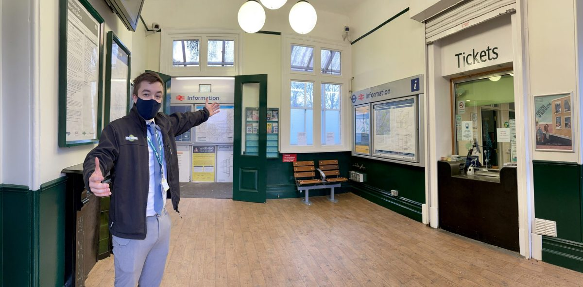 Southern spruces up south London stations