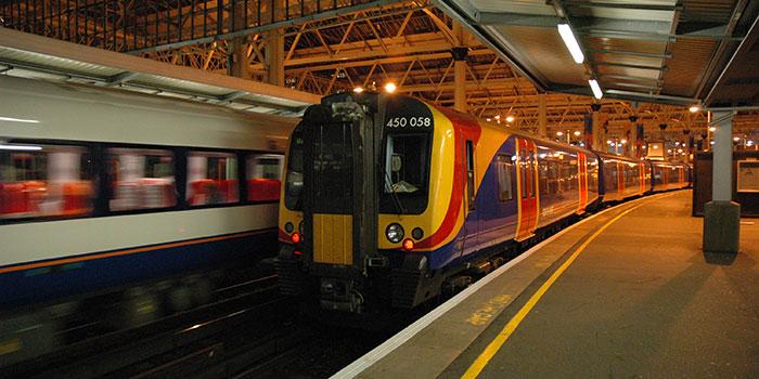Late Train (21000439)