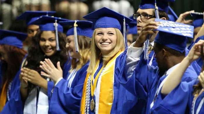 Anclote High School Graduation 2015 (Pasco County Schools via Flickr Creative Commons)