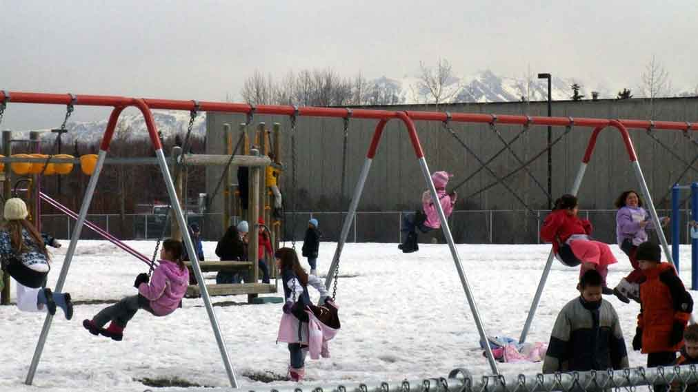 Seeing benefits a school expands recess  Voxitatis Blog