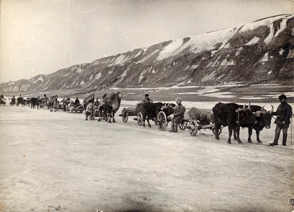 An ARA supply caravan on the frozen Volga River in the winter of 1922.
