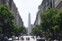 img1200_buenos-aires-main-ave