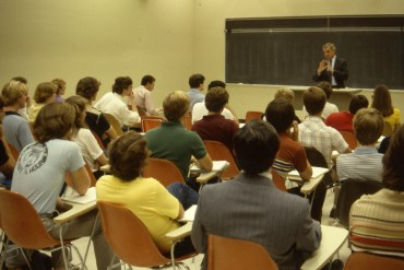 Walter Mondale spoke to a capacity crowd in O'Shaughnessy Educational Center Auditorium on Sept. 10, 1981, and then met with students in the classroom.