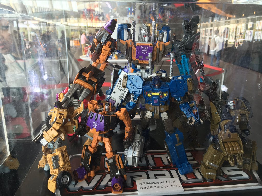 Transformers Fall Of Cybertron Wallpaper Unite Warriors Bruticus Close Up Display Images